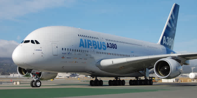 Airbus overtakes Boeing as world's No. 1 planemaker