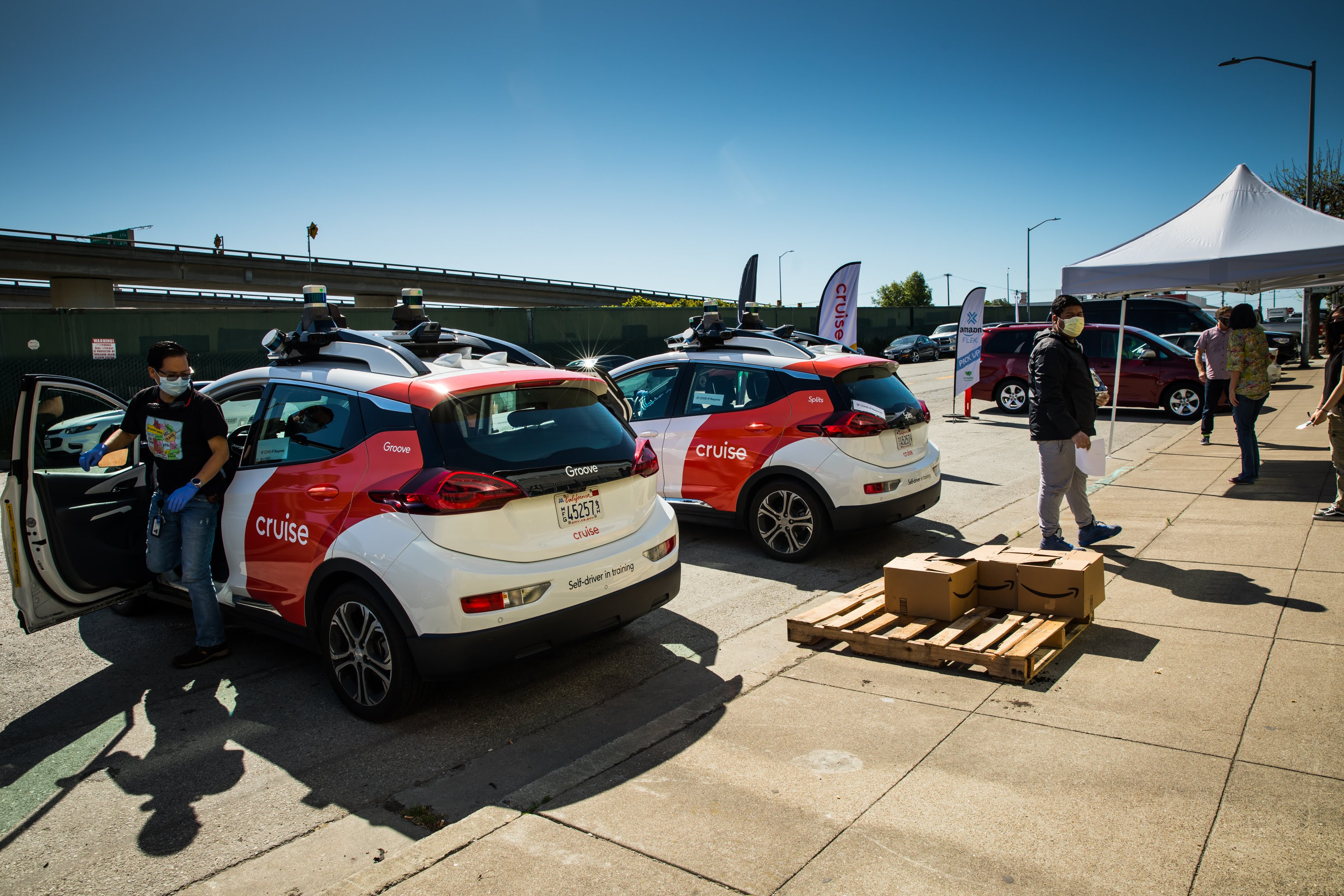 Cruise used our all-electric, self-driving fleet to deliver meals to San Franciscans in need.