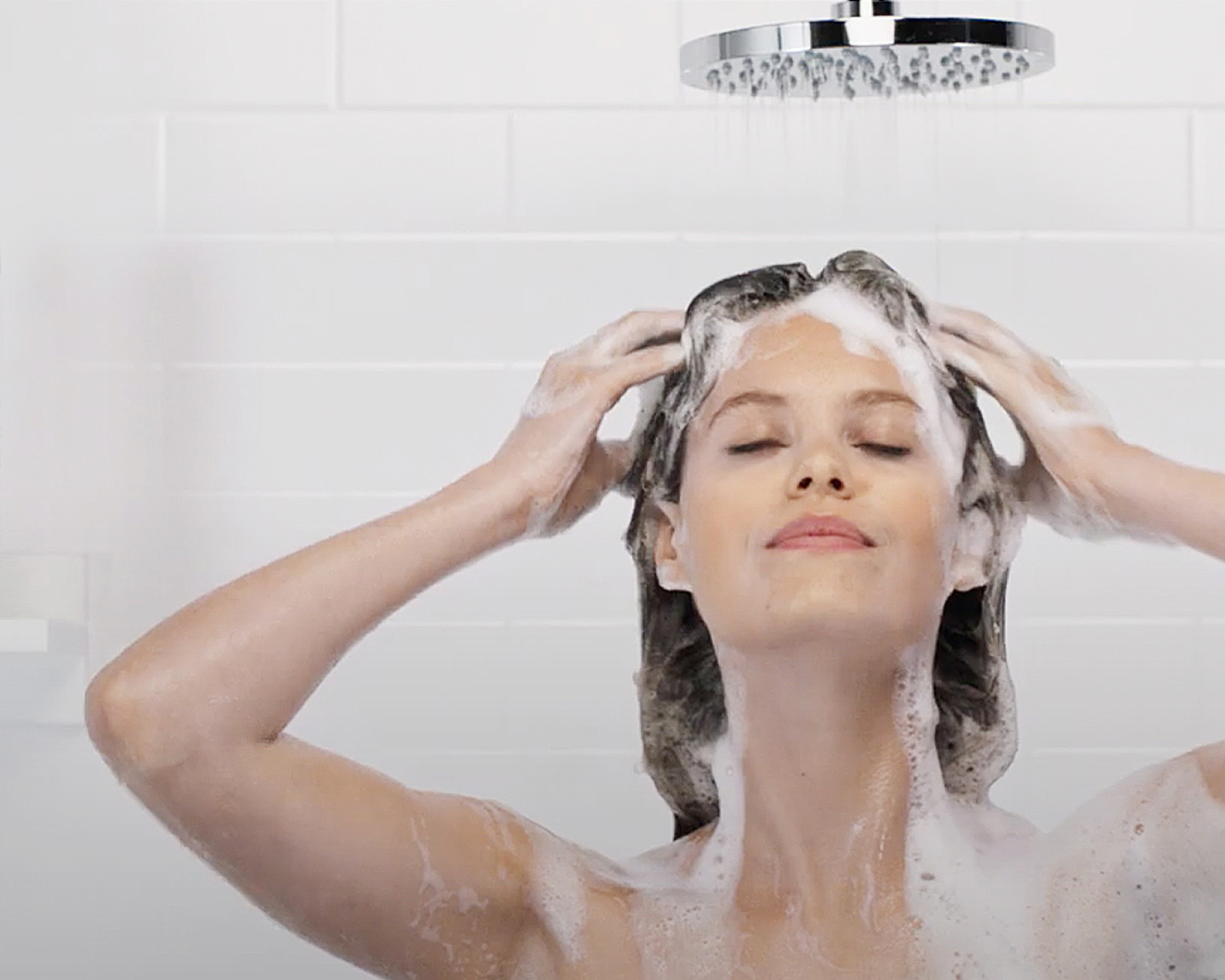 A Tried and Tested Guide to Washing and Styling Your Hair Effectively