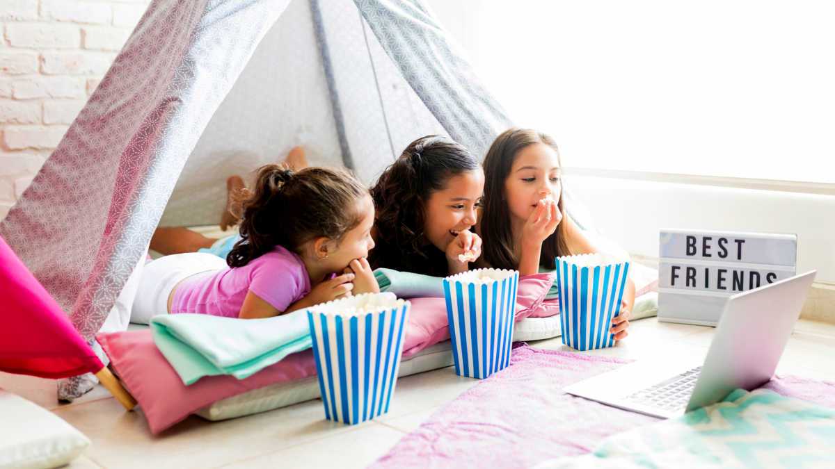 5 Signs That My Kid Is Ready for a Sleepover | Mom.com