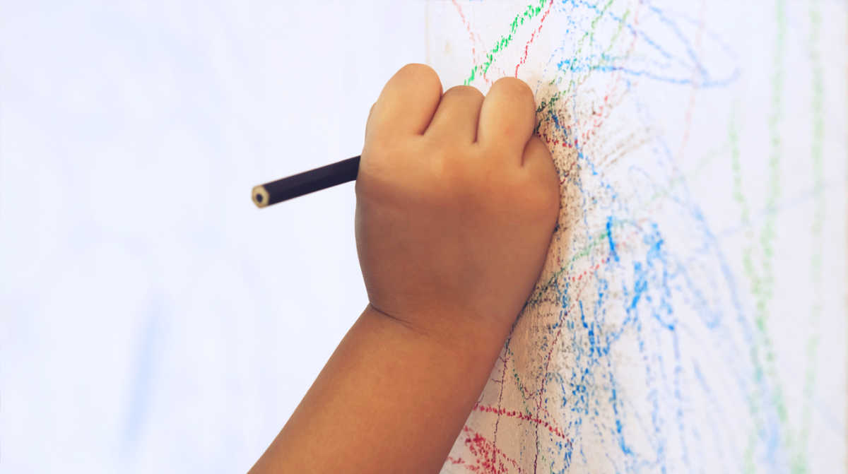 How To Get Pen Marker And Crayon Off Your Walls Mom Com