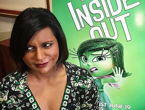 Mindy Kaling Reveals Sweet Childhood Moment With Mom Mom Com