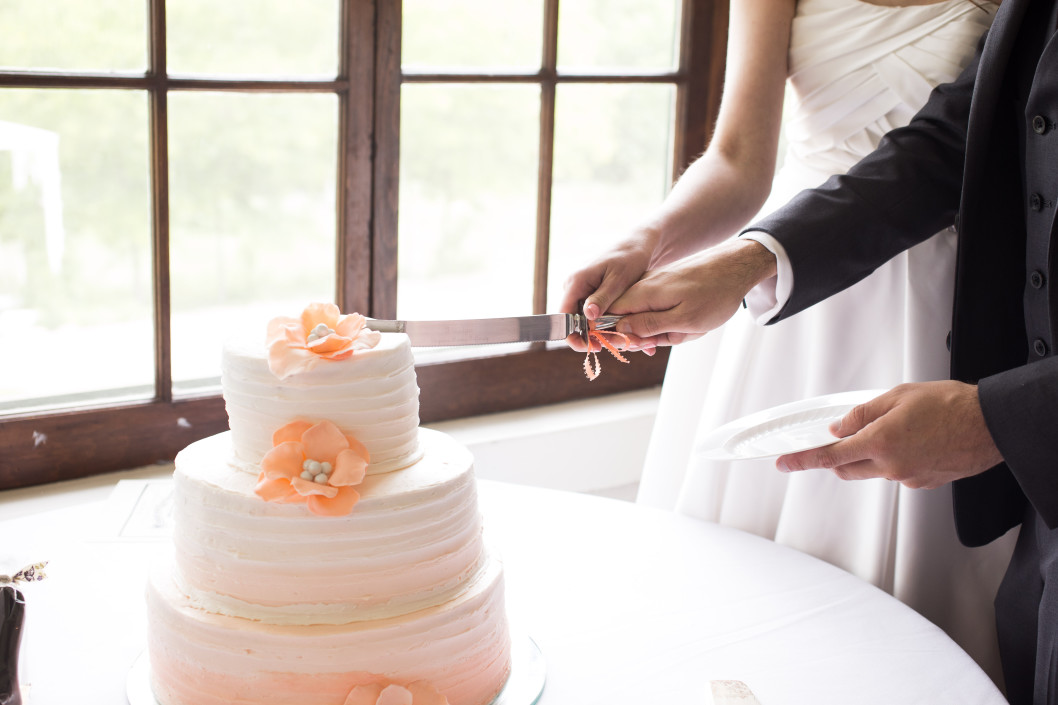 Where Did The Wedding Cake Tradition Come From Mom Com