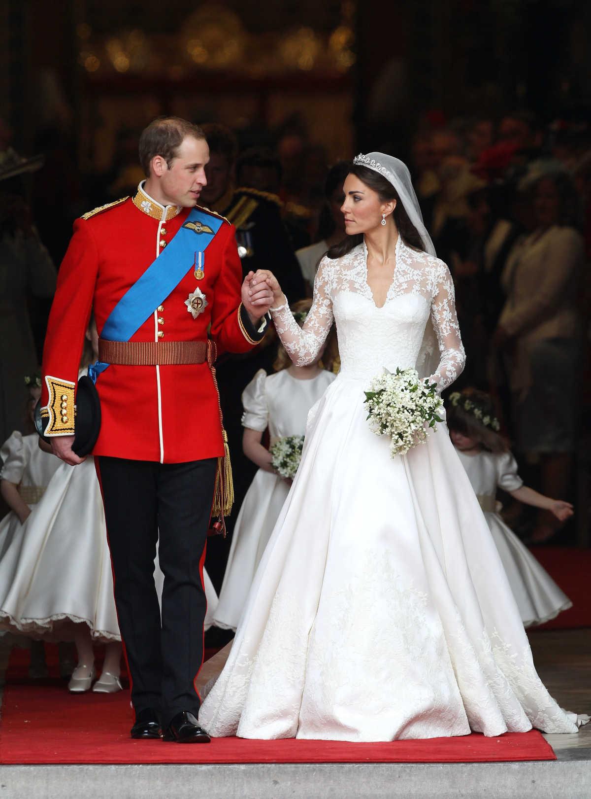 The Most Amazing Royal Wedding Dresses Mom Com