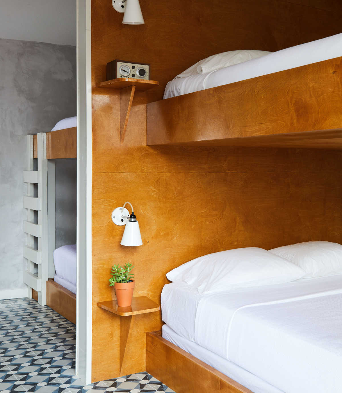 12 Chic Hotels With the Best Modern Bunk Beds   Mom.com