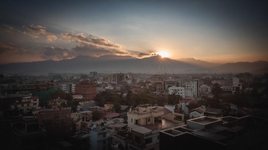 Valokuvaajan Janne Teivonen ottama kuva suurkaupungista Kathmandu Nepalissa.