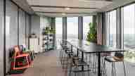 Meet & Moove Room at Design Offices München Highlight Towers