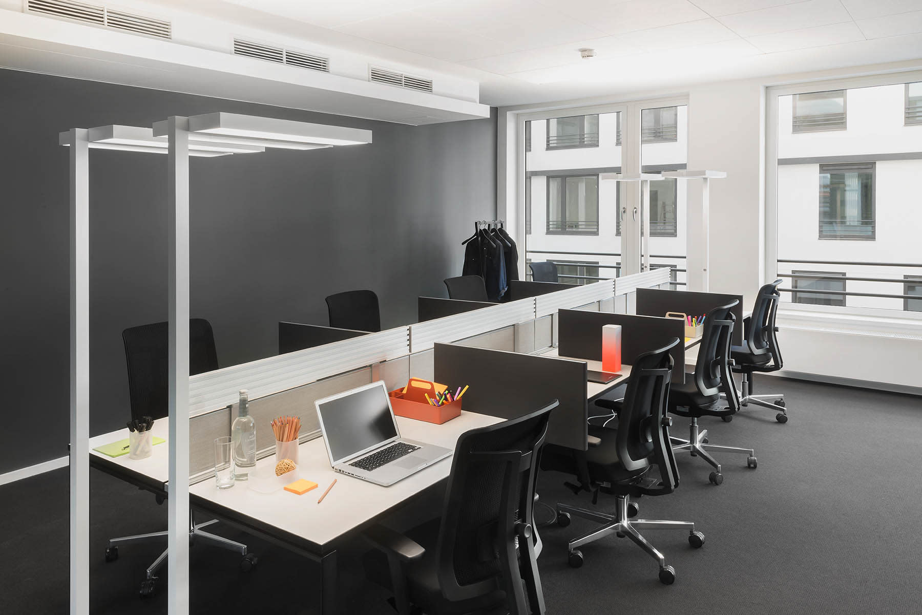 Office Space bei Design Offices Berlin Am Zirkus