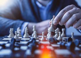 【人事部必見】「戦略人事」とは?経営戦略を実現する人事を徹底解説します