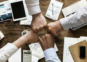 組織マネジメントとは?知るべき種類や必須フレームワークの解説