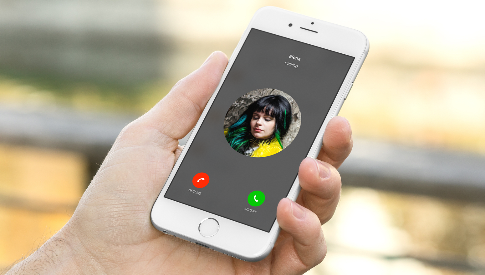 Incoming call on an iPhone screen