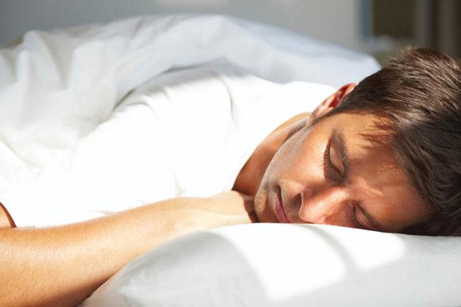 ما هو أفضل وقت للنوم حتى تستيقظ باكرا بكل حيوية ونشاط!