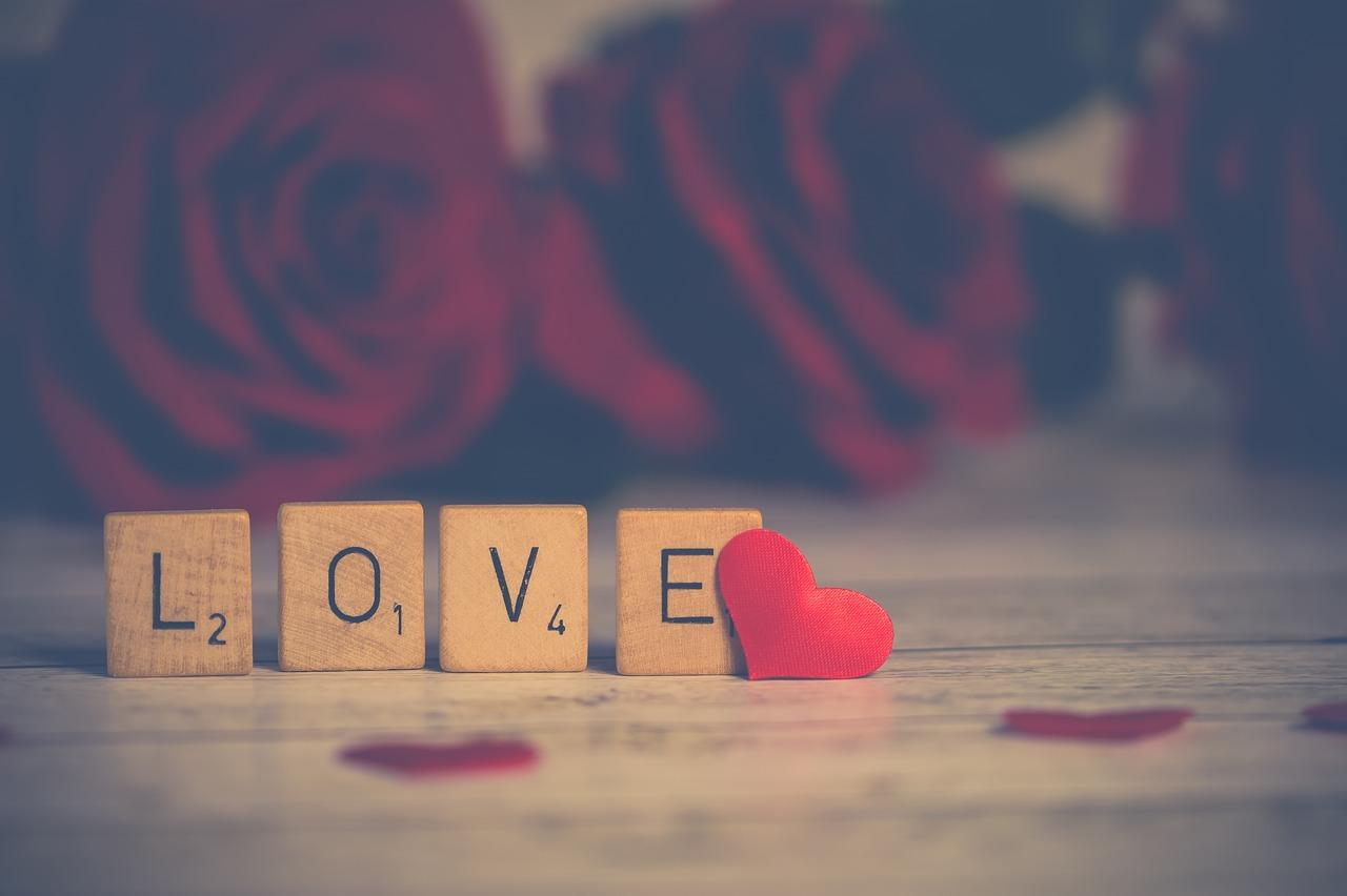 ما هي علامات الحب الحقيقي؟