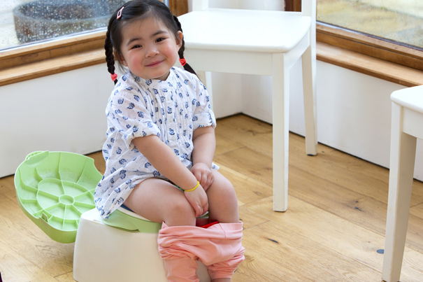 Potty training: 5 tips to help pass the time