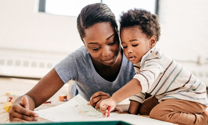 How to Read to Babies Under 2