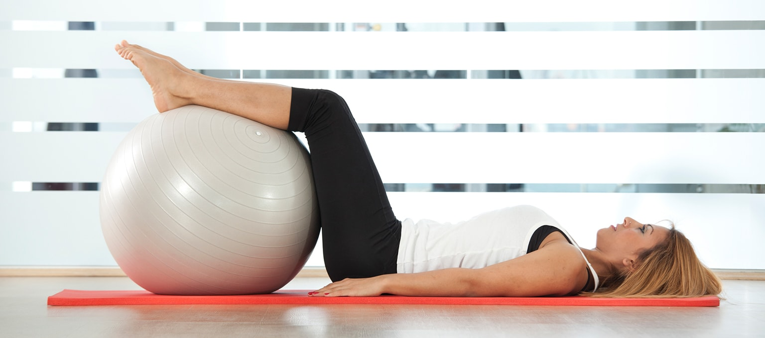 Kegel Exercises During and After Pregnancy | Pampers