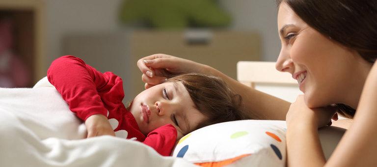 Crib-toddler-bed-transition