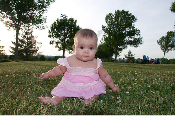 Enséñale a tu bebé cómo sentarse correctamente