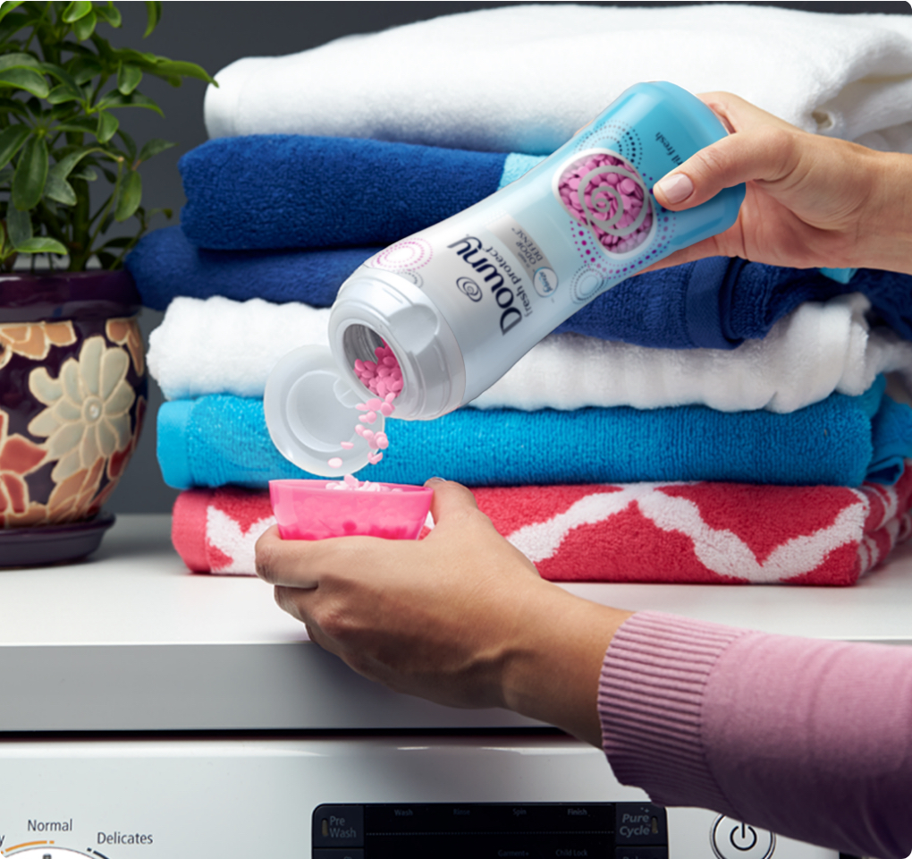 How to Make Your Clothes Smell Good All Day   Downy