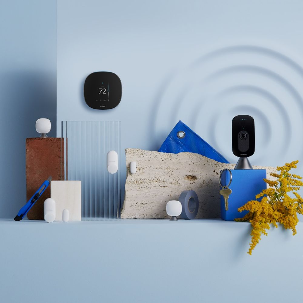 Smart Camera, Smart Thermostat and Sensors bundle on ripple background