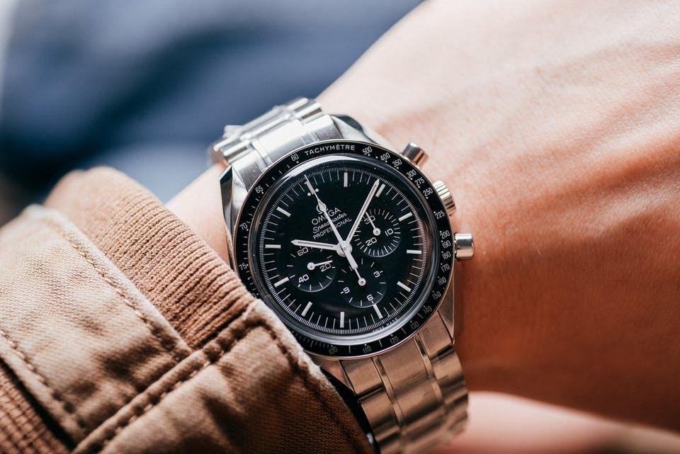 Omega Kaliber 321: Das legendäre Uhrwerk kehrt zurück!