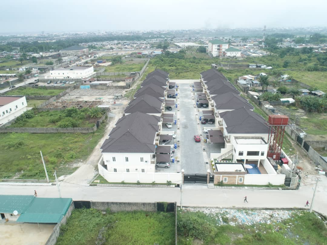 metro-homes-top-view-ajah