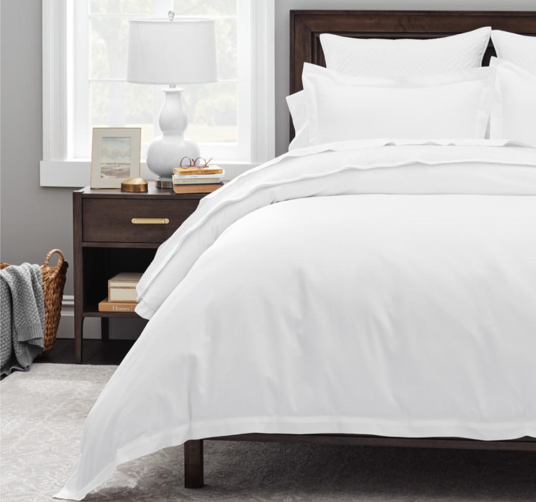 classic-hemmed-deluxe-bed-set