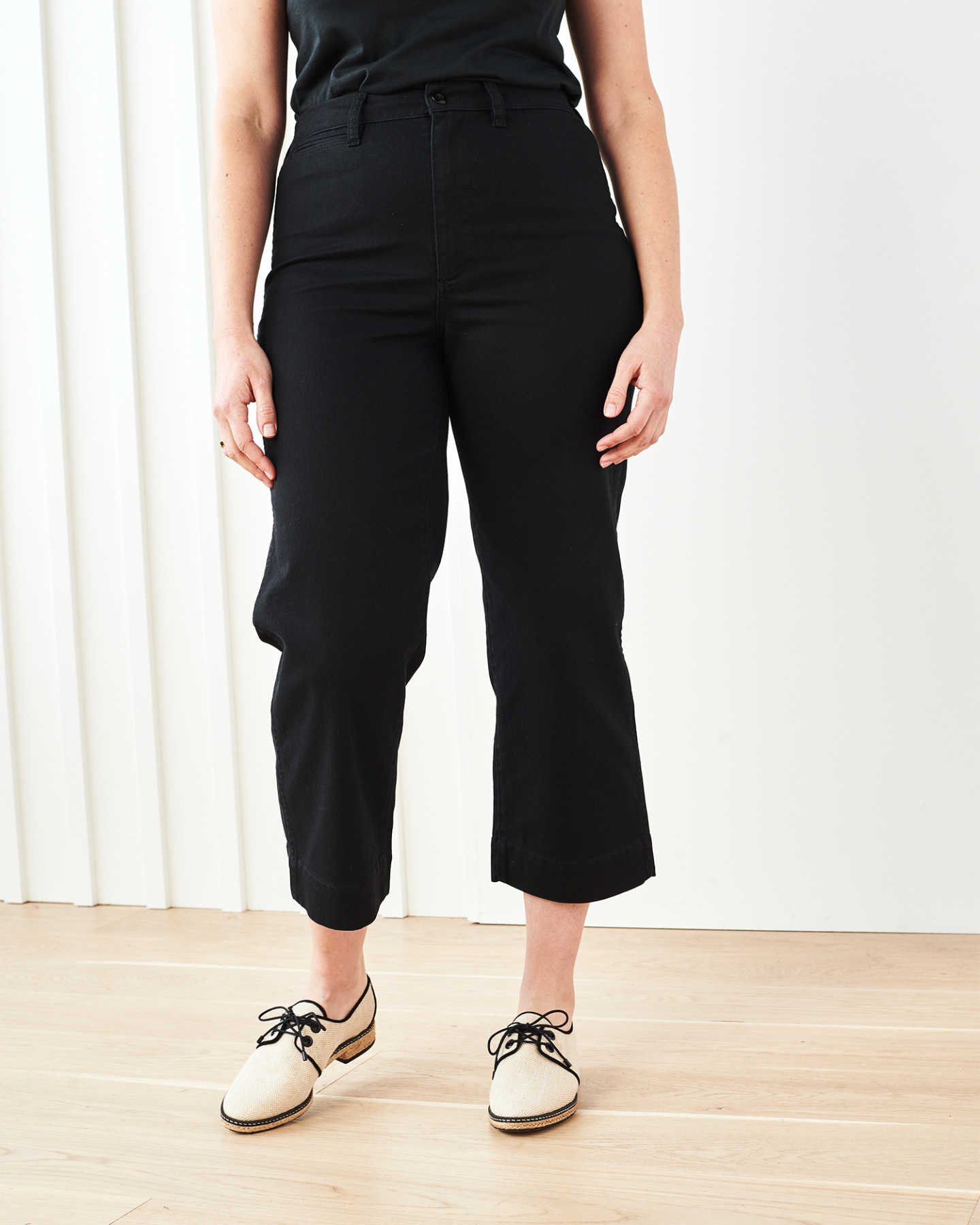 Stretch Cotton Twill Wide-Leg Crop Pant - Black - 7