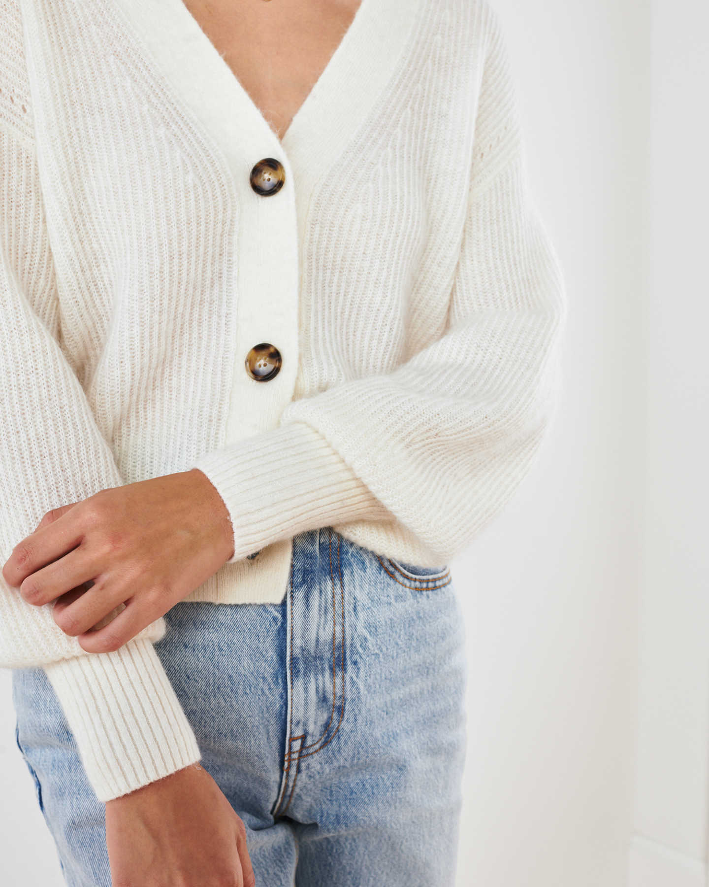 Superfine Alpaca Cropped Cardigan  - undefined - 5