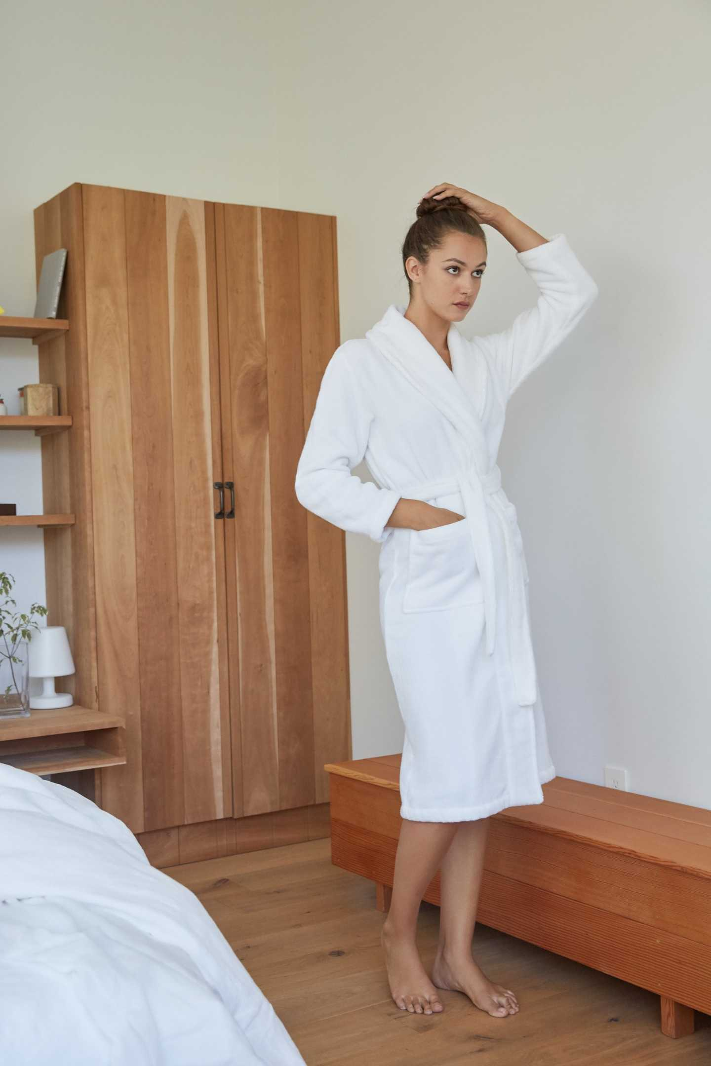 Organic Luxe Turkish Cotton Bath Robe - undefined - 4 - Thumbnail