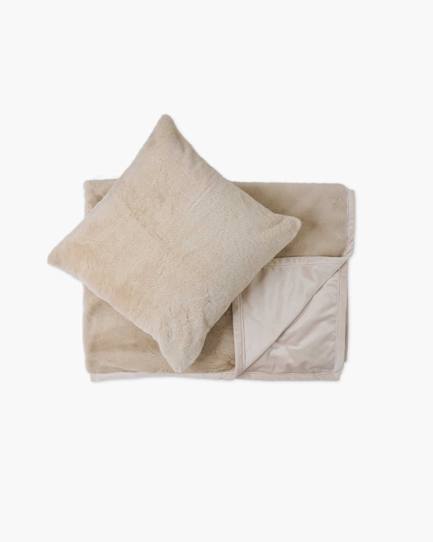 Plush Recycled Faux Fur Throw & Pillow Cover Set - Light Camel