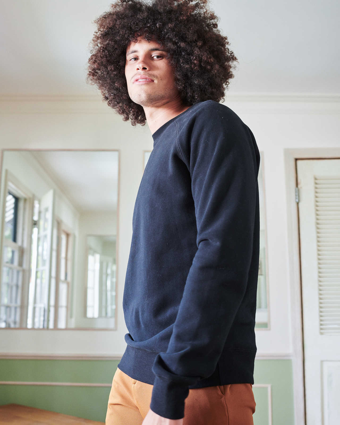 Organic Heavyweight Fleece Crew - Black - 2