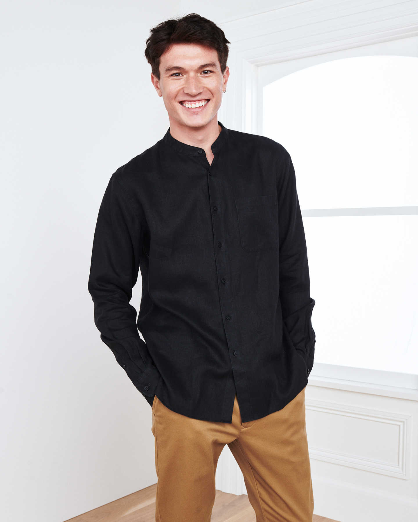 Band Collar French Linen Shirt (w/ WrinkleGuard™) - Black