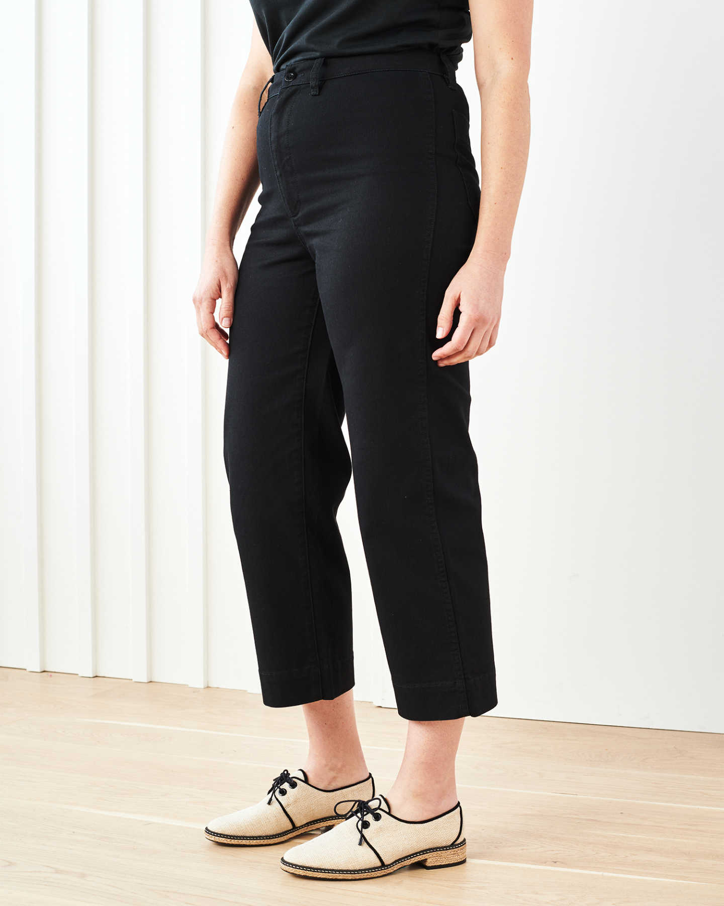 Stretch Cotton Twill Wide-Leg Crop Pant - Black - 10