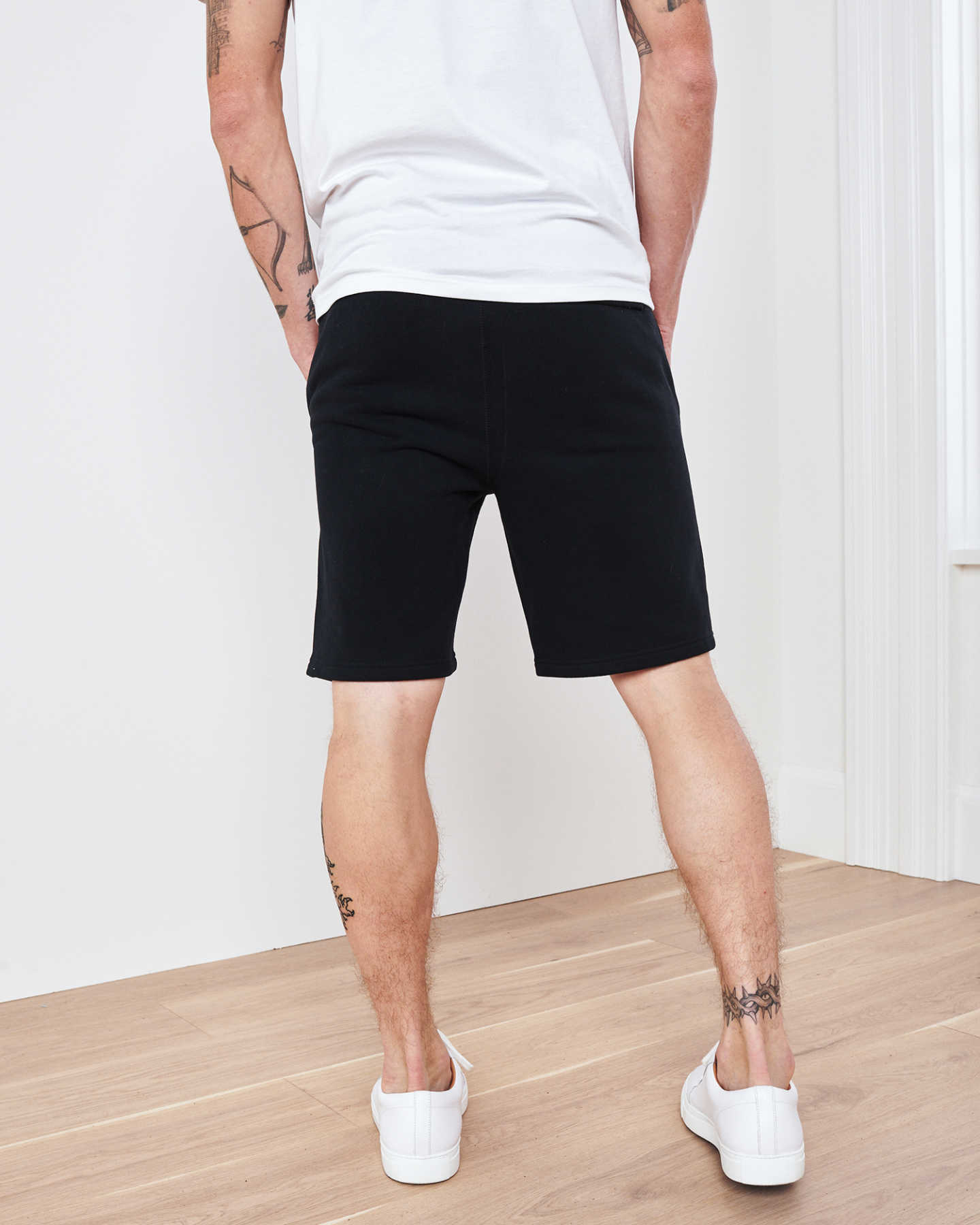 Heavyweight Organic Fleece Sweat Short - Black - 4