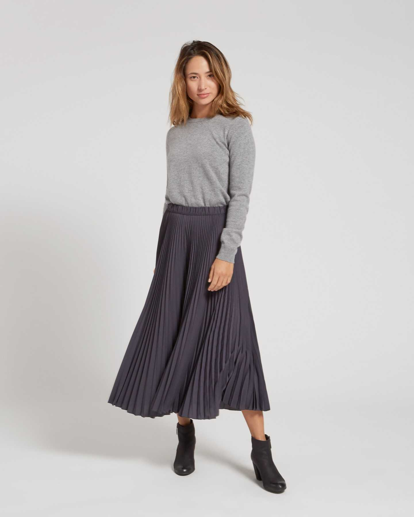 Mongolian Cashmere Crew - undefined - 7