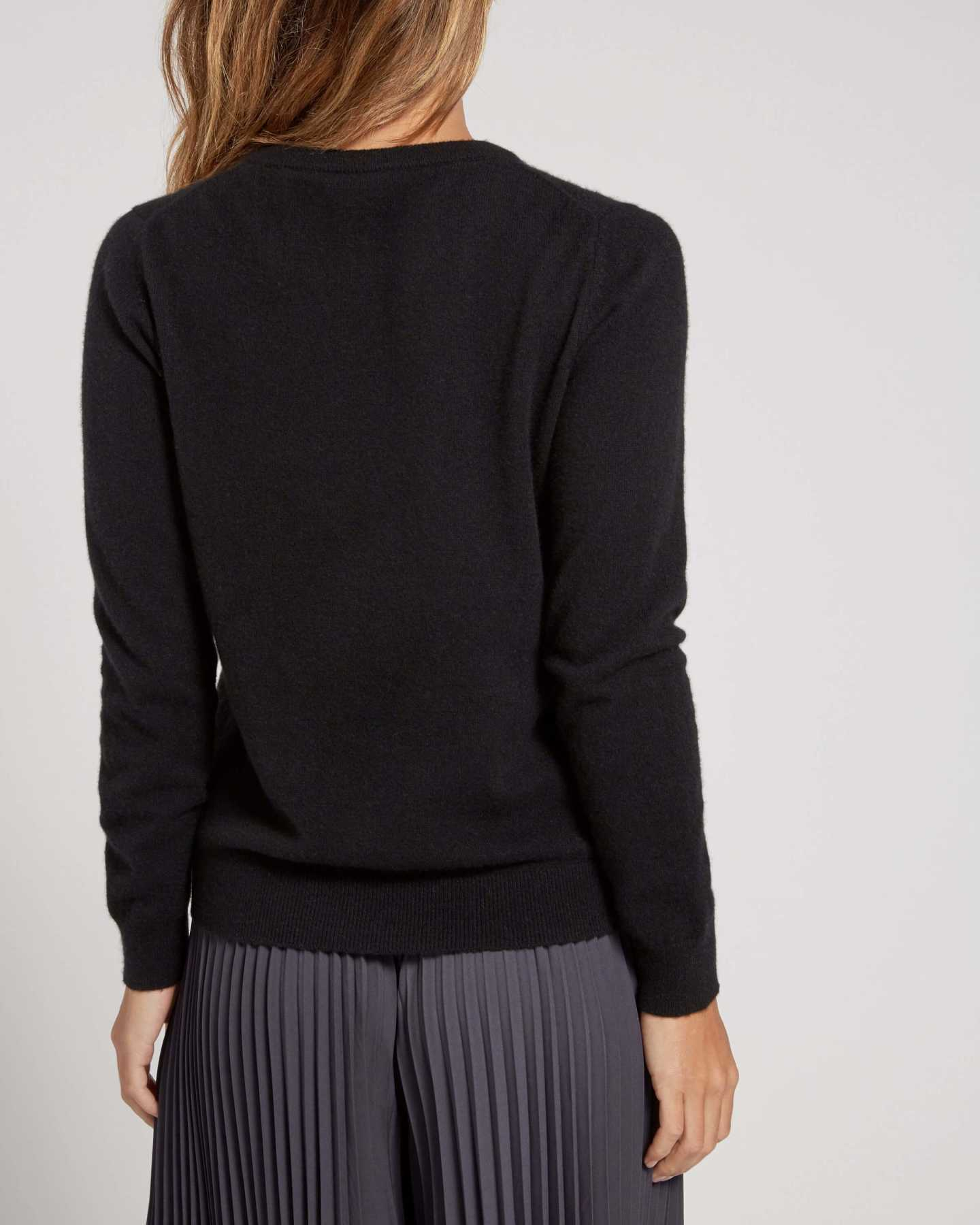 black cashmere sweater women back