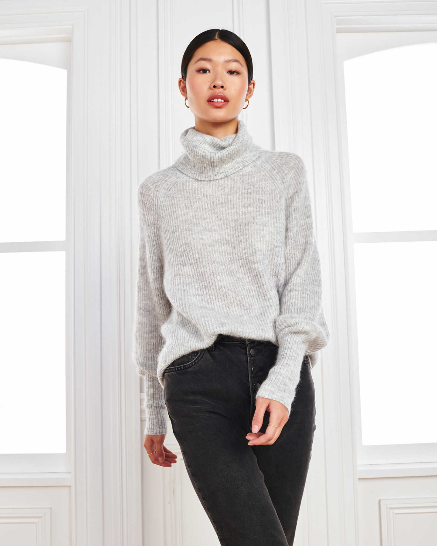 Superfine Alpaca Turtleneck - Light Grey