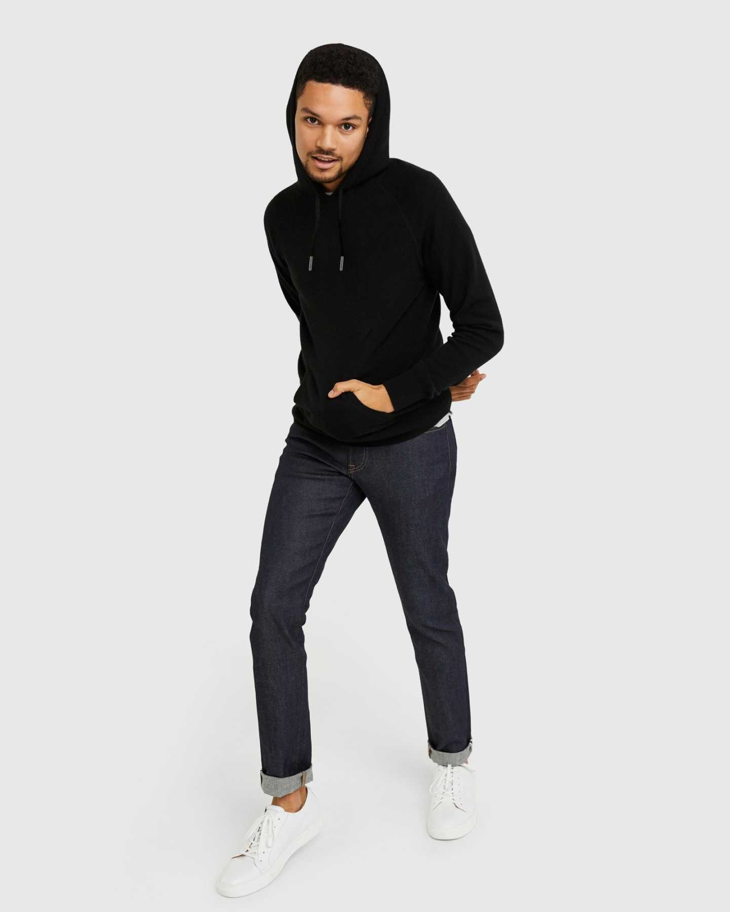 Cashmere hoodie men in black pullover