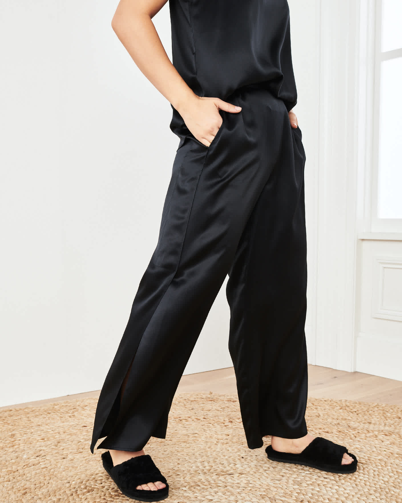 Women washable silk pajama set in black pants
