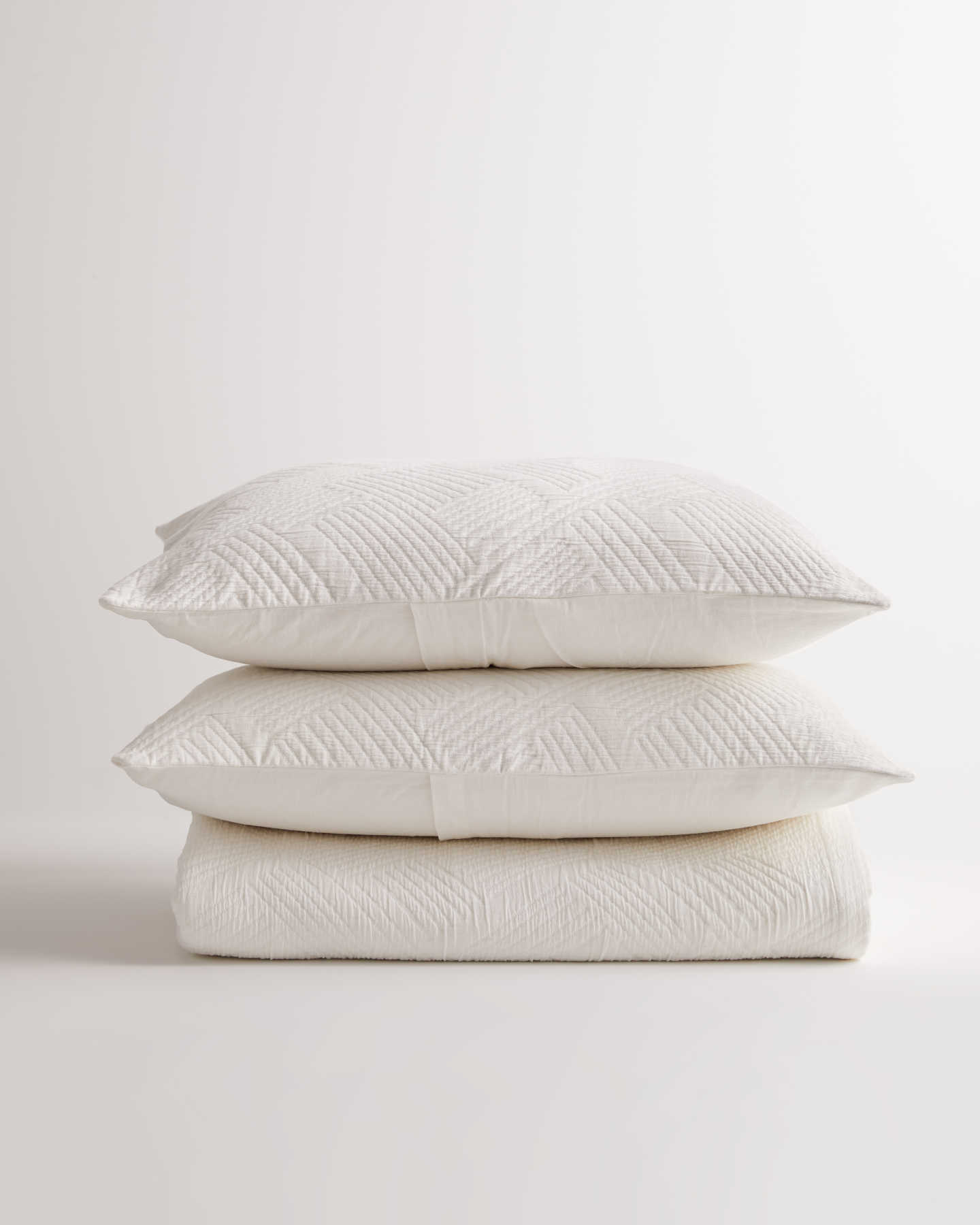Organic Cotton Matelasse Coverlet Set - White