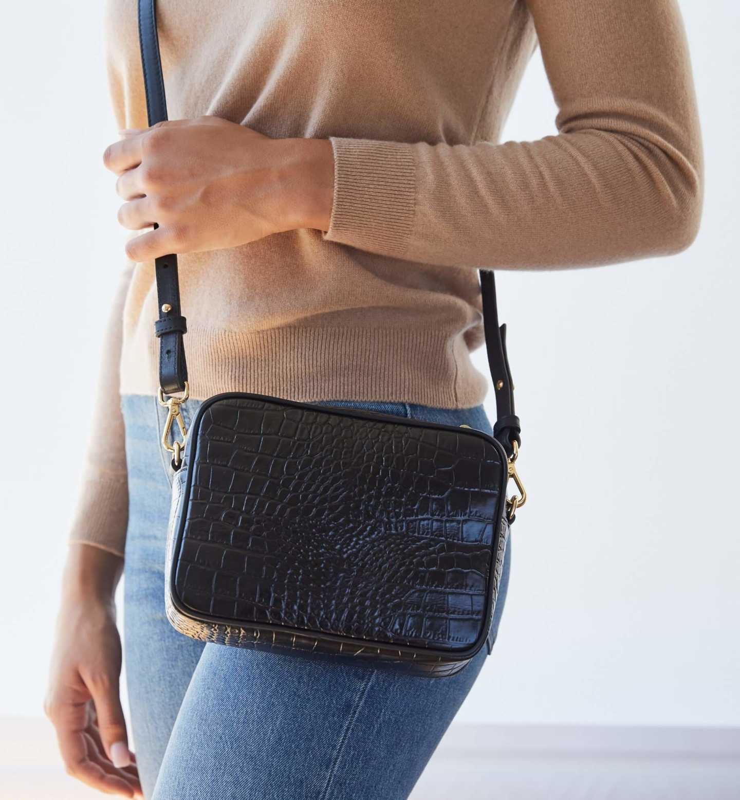 Leather crossbody bag with croco emboss design