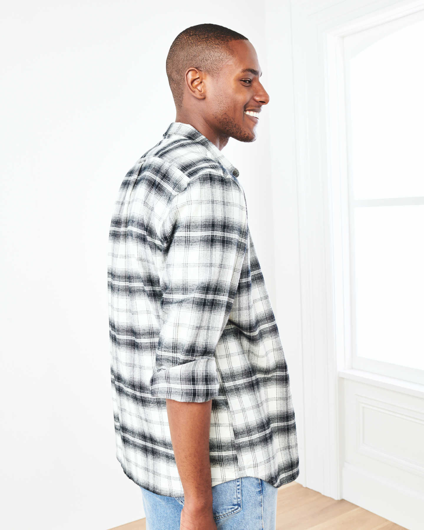 Heavy Plaid Flannel Overshirt - Black/White - 2
