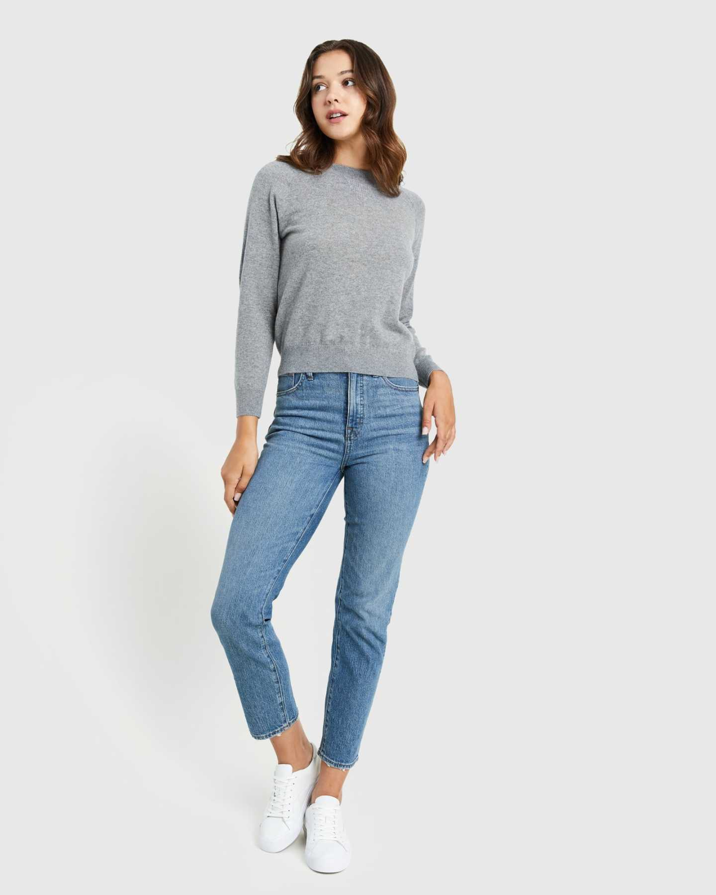 grey cashmere sweatshirt for women standing