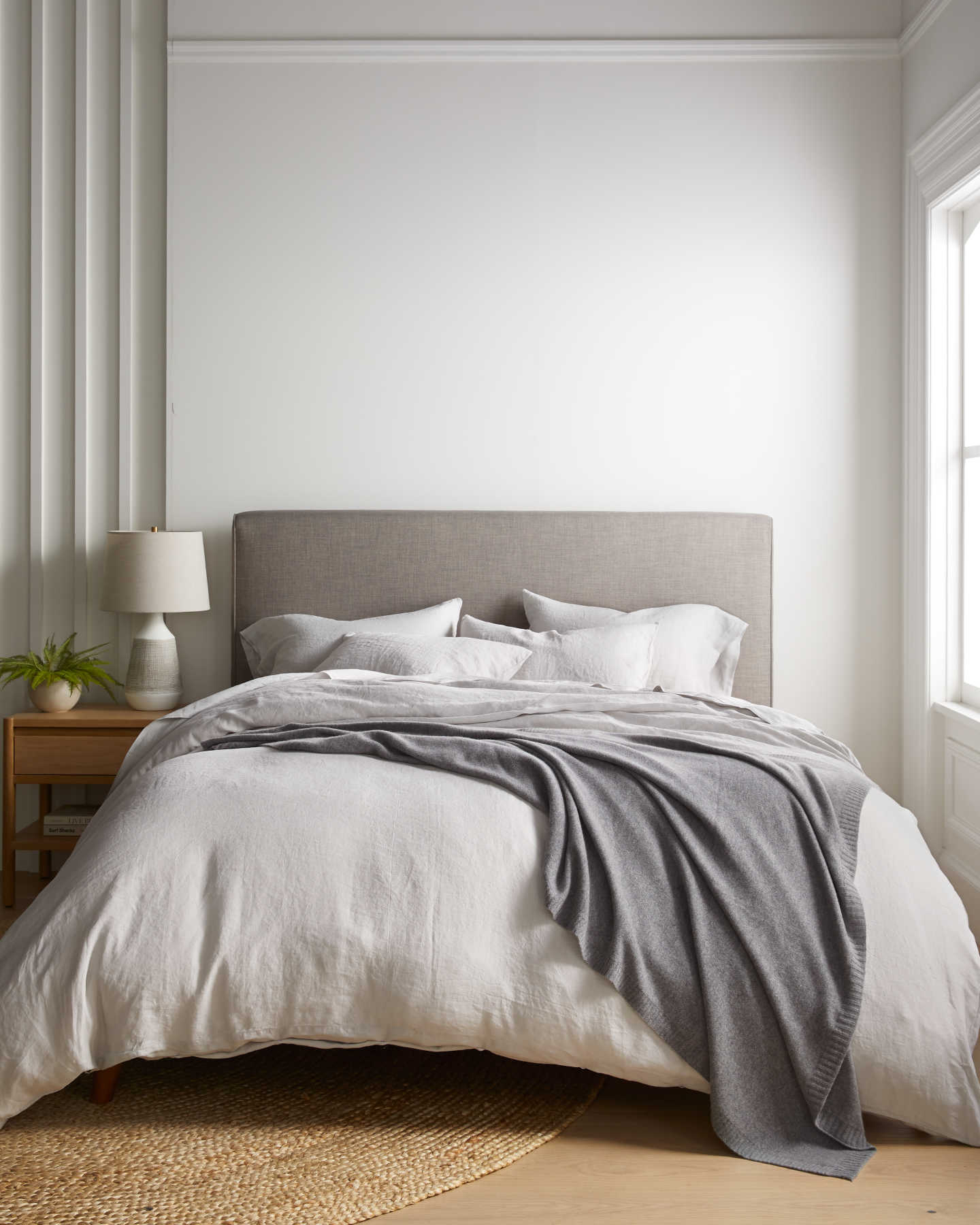 Belgian Linen Duvet Cover Set - Light Grey - 4