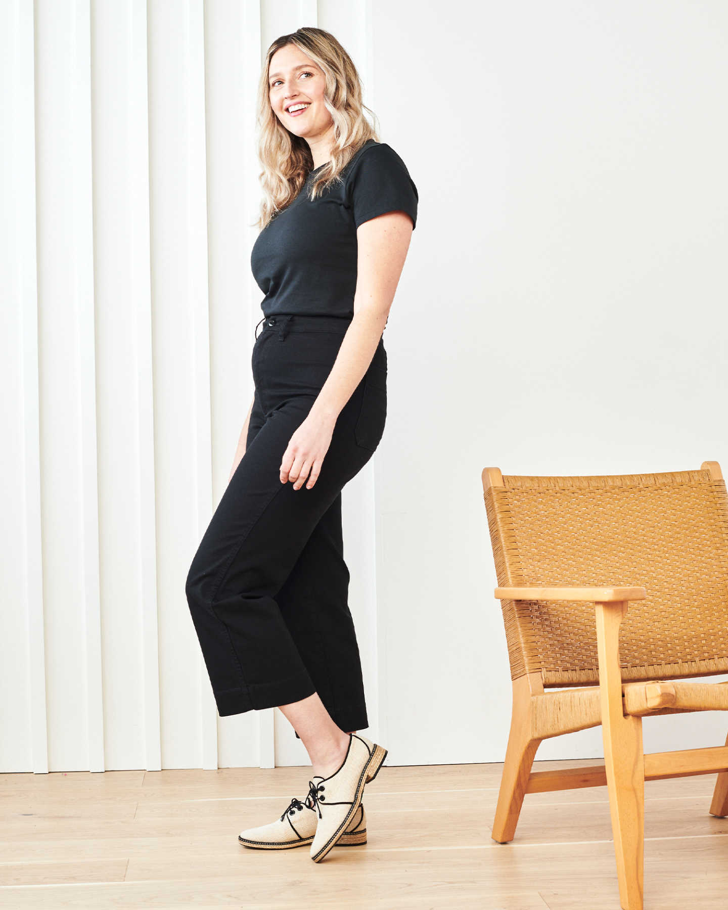 Stretch Cotton Twill Wide-Leg Crop Pant - Black - 6