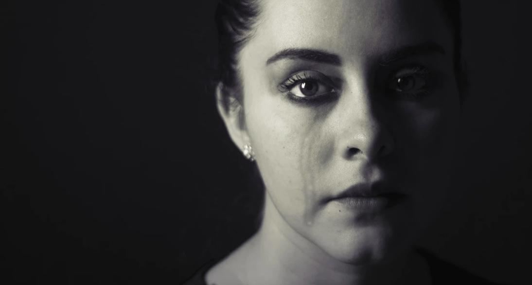 40-latka zgłosiła przemoc domową na policję, agresor musi wynieść się z mieszkania
