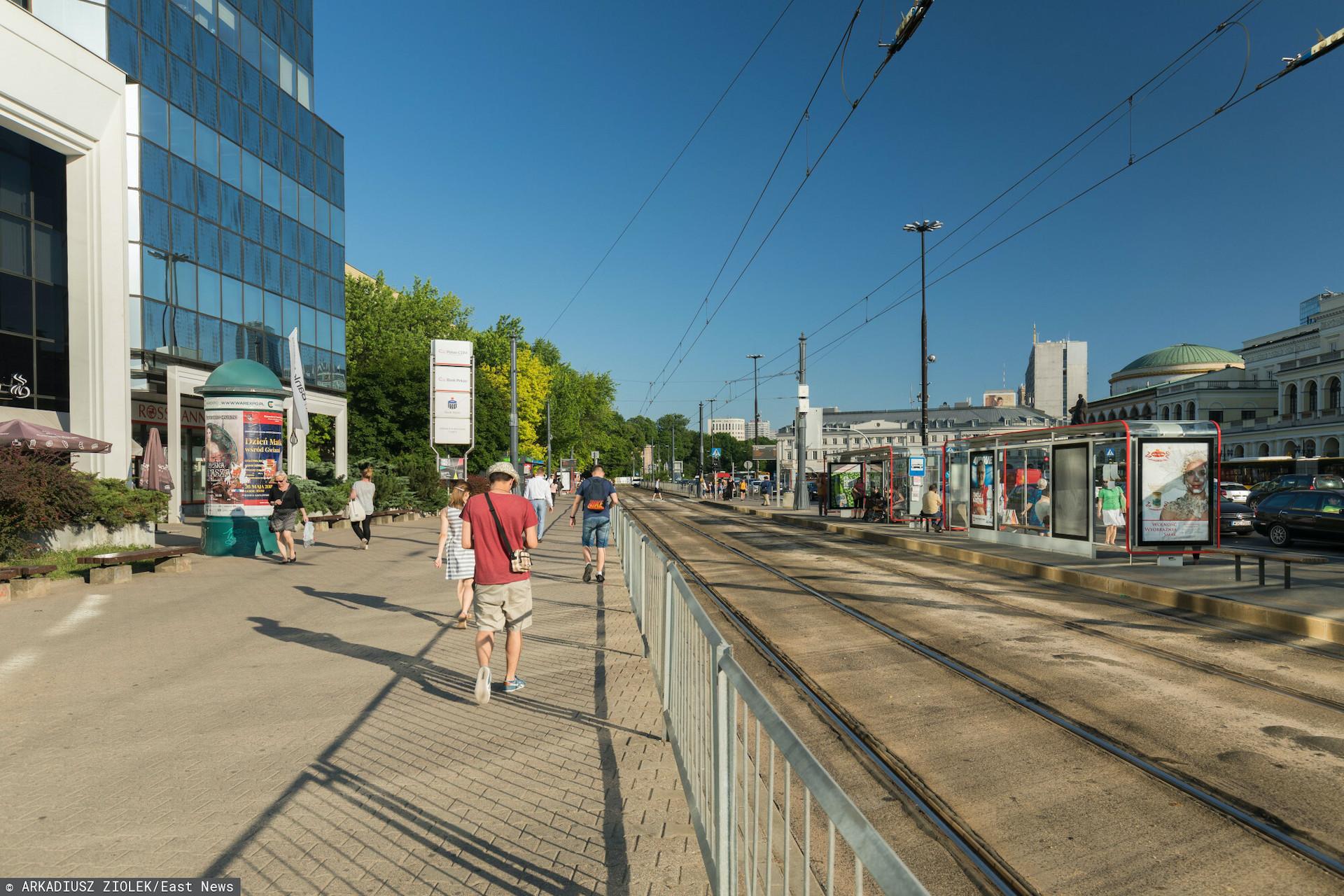 Od poniedziałku plac Bankowy zamieni się w plac budowy, tramwaje rozpoczynają drugi etap prac technicznych