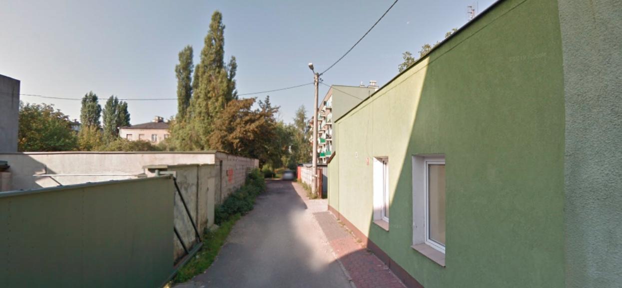 Nocą w Pruszkowie wybuchł pożar, zginęła jedna osoba.
