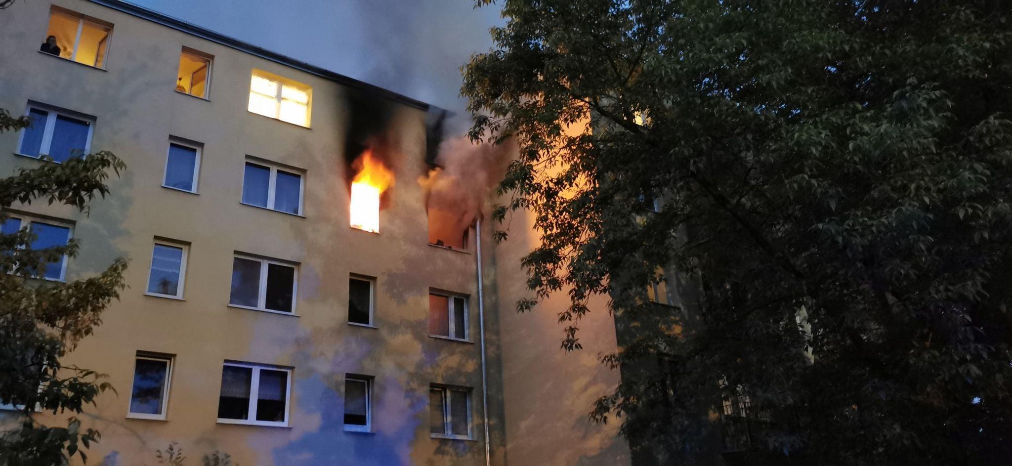 Trwa zbiórka na pomoc ofiarom pożaru w Pruszkowie.